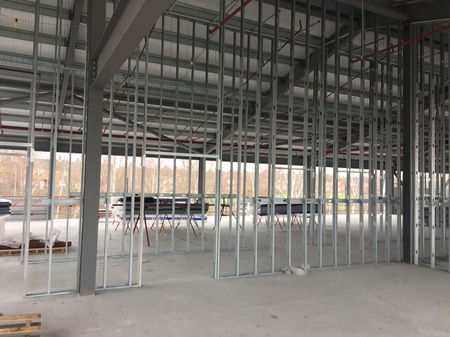 12. Ombler Williams Ltd Gallery: Cambria College internal frame 9